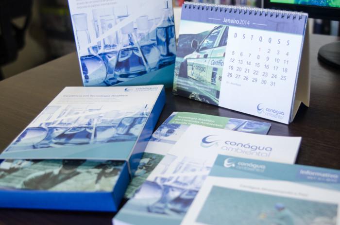 Caixa Promocional Conágua Buffo Design Goiânia